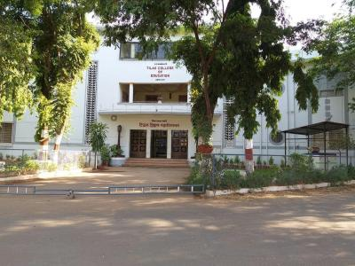 Schools & Universities Image of 1060 Sq.ft 2 BHK Apartment for buy in  Tirupati Apartments, Sadashiv Peth for 20000000