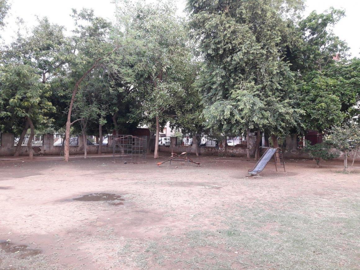 Sec Forty-six Park