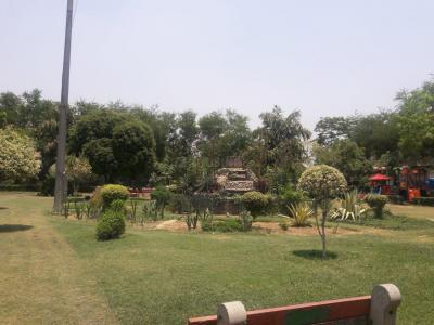 Parks Image of 1100.0 - 1600.0 Sq.ft 2 BHK Apartment for buy in DDA Sarita Vihar Pocket D RWA