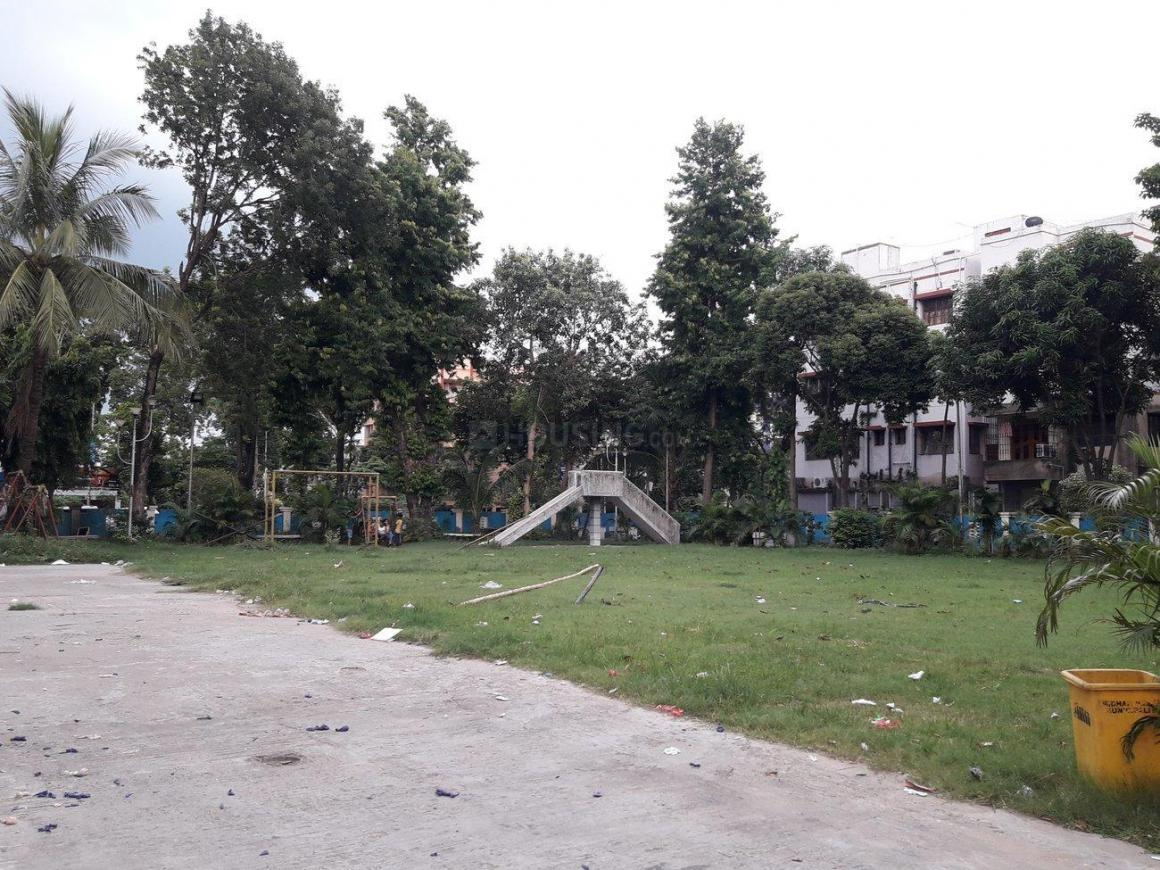 Parks Image of 0 - 1200.0 Sq.ft 3 BHK Apartment for buy in Reputed Ramalayan Apartment