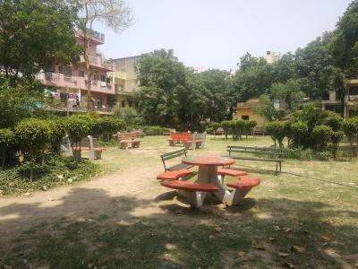 Parks Image of 1000 Sq.ft 2 BHK Independent Floor for rent in Hari Nagar for 20000