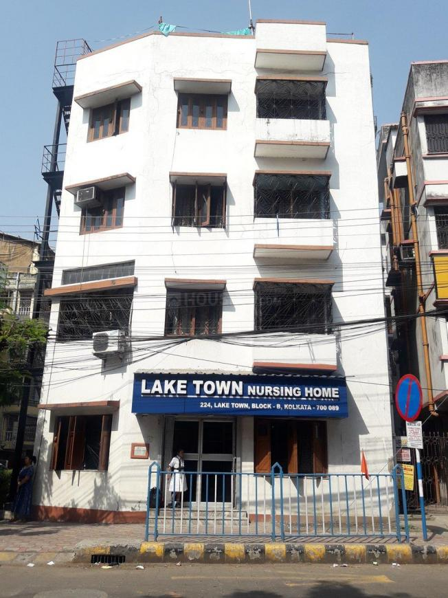 Hospitals & Clinics Image of 150 Sq.ft 1 RK Independent Floor for buyin Lake Town for 1000000