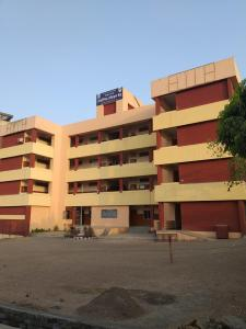 Schools &Universities Image of 711.82 - 799.33 Sq.ft 2 BHK Apartment for buy in ARV Royale Phase II