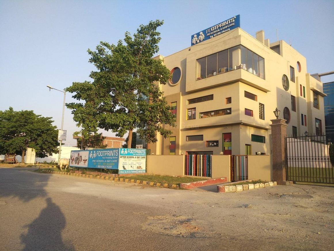 Schools & Universities Image of 4500 Sq.ft 3 BHK Independent House for buy in Sector 85 for 15000000
