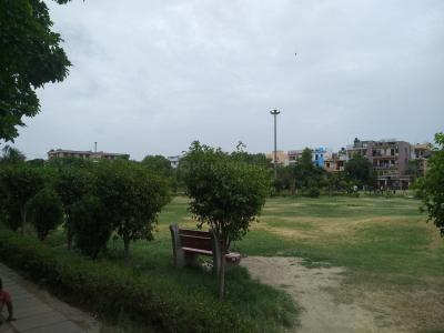 Parks Image of 1350 Sq.ft 3 BHK Independent Floor for buy in Paschim Vihar for 15000000