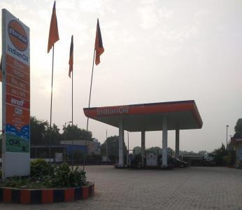 Petrol Pumps Image of 1377.0 - 2220.0 Sq.ft 2 BHK Apartment for buy in Umang Monsoon Breeze