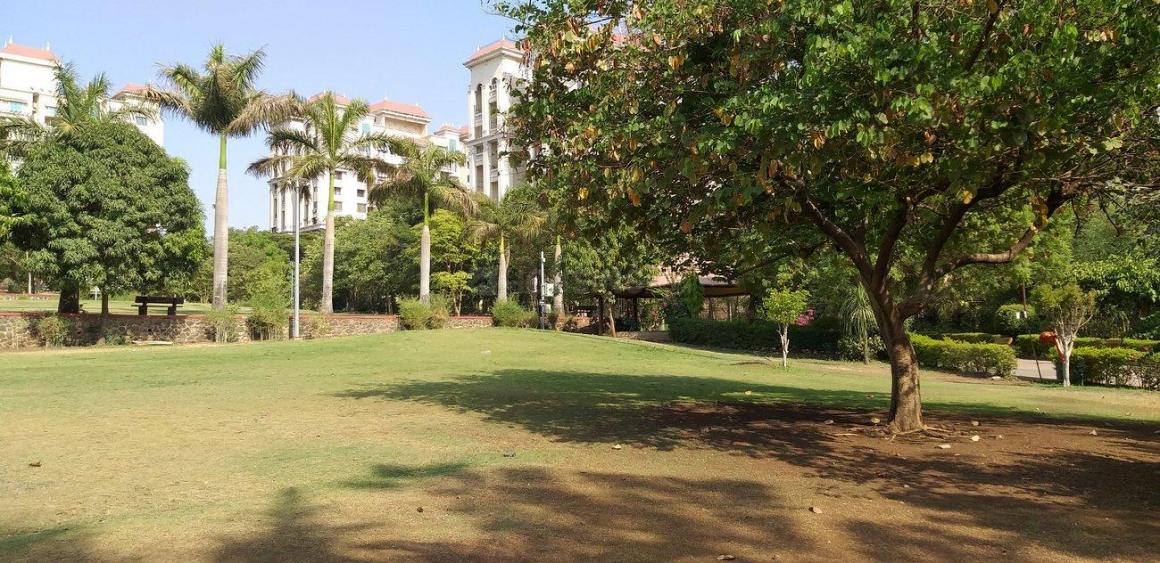 Parks Image of 0 - 1025.0 Sq.ft 2 BHK Apartment for buy in Bramha Majestic