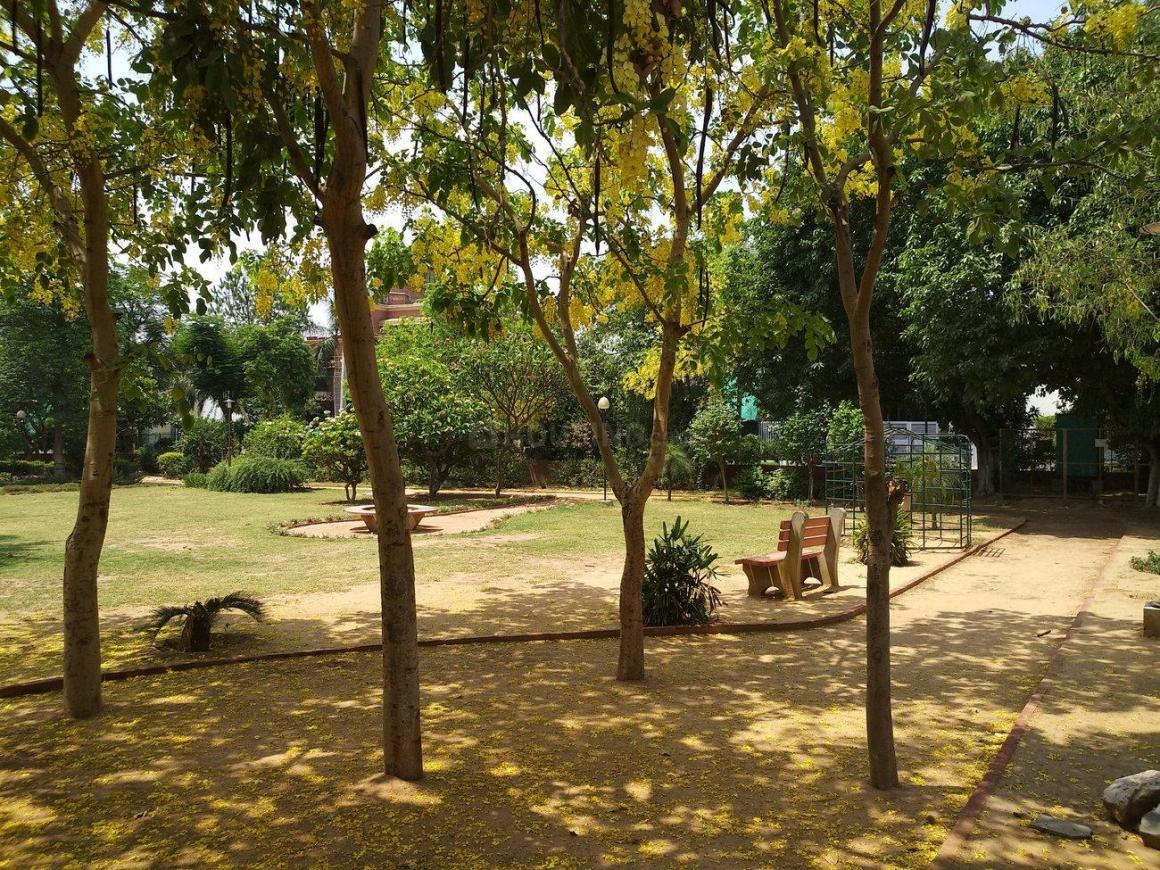 Parks Image of 0 - 2700 Sq.ft 5 BHK Villa for buy in DRD Floors