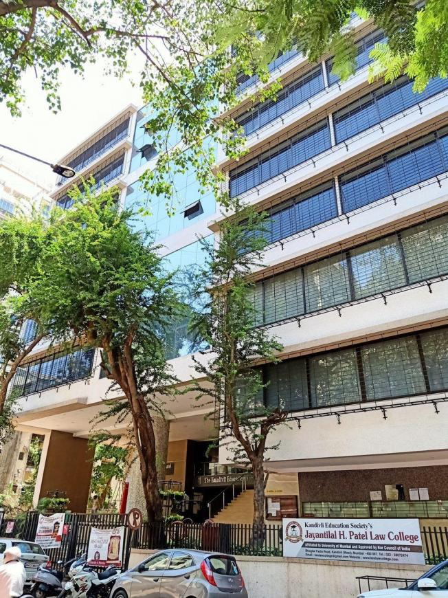Schools &Universities Image of 1050.0 - 1600.0 Sq.ft 2 BHK Apartment for buy in Reputed Shree Nikunj