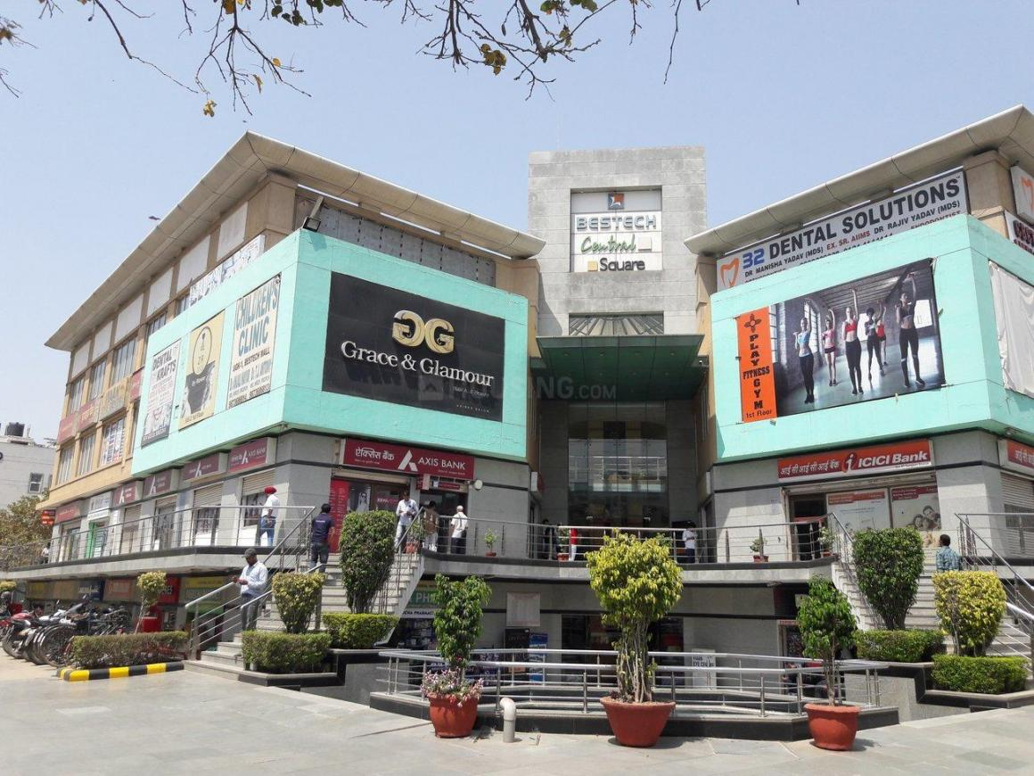 Shopping Malls Image of 0 - 1500.0 Sq.ft 3 BHK Independent Floor for buy in Goldmine Homes 1