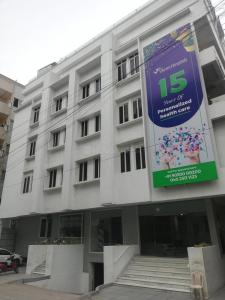 Hospitals & Clinics Image of 1740 Sq.ft 3 BHK Apartment for rentin Madhapur for 50000