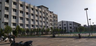 Schools & Universities Image of 400 Sq.ft 1 BHK Apartment for rent in Hadapsar for 8000