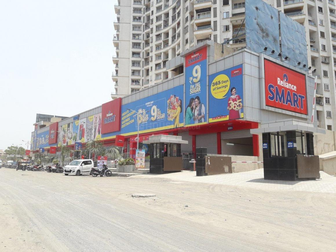 Shopping Malls Image of  Sq.ft Residential Plot for buy in Kalyan West for 1350000