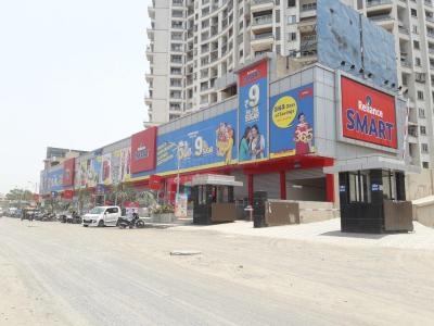 Shopping Malls Image of 719.0 - 1539.0 Sq.ft 1 BHK Apartment for buy in Kohinoor Lifestyle