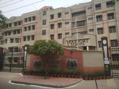 Schools & Universities Image of 1900 Sq.ft 3 BHK Apartment for rent in CGHS Sri Agrasen Apartments, Sector 7 Dwarka for 32000