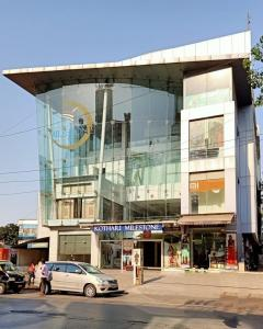 Shopping Malls Image of 764.0 - 1241.0 Sq.ft 2 BHK Apartment for buy in Royal Pearl