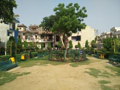 Parks Image of 850 Sq.ft 2 BHK Independent Floor for buy in Sector 11 for 4500000