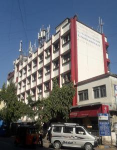Schools & Universities Image of 951 Sq.ft 2 BHK Independent House for rent in Thane West for 27000
