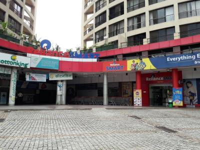Shopping Malls Image of 1493 Sq.ft 3 BHK Apartment for buy in Tain Square, Wanowrie for 10000000
