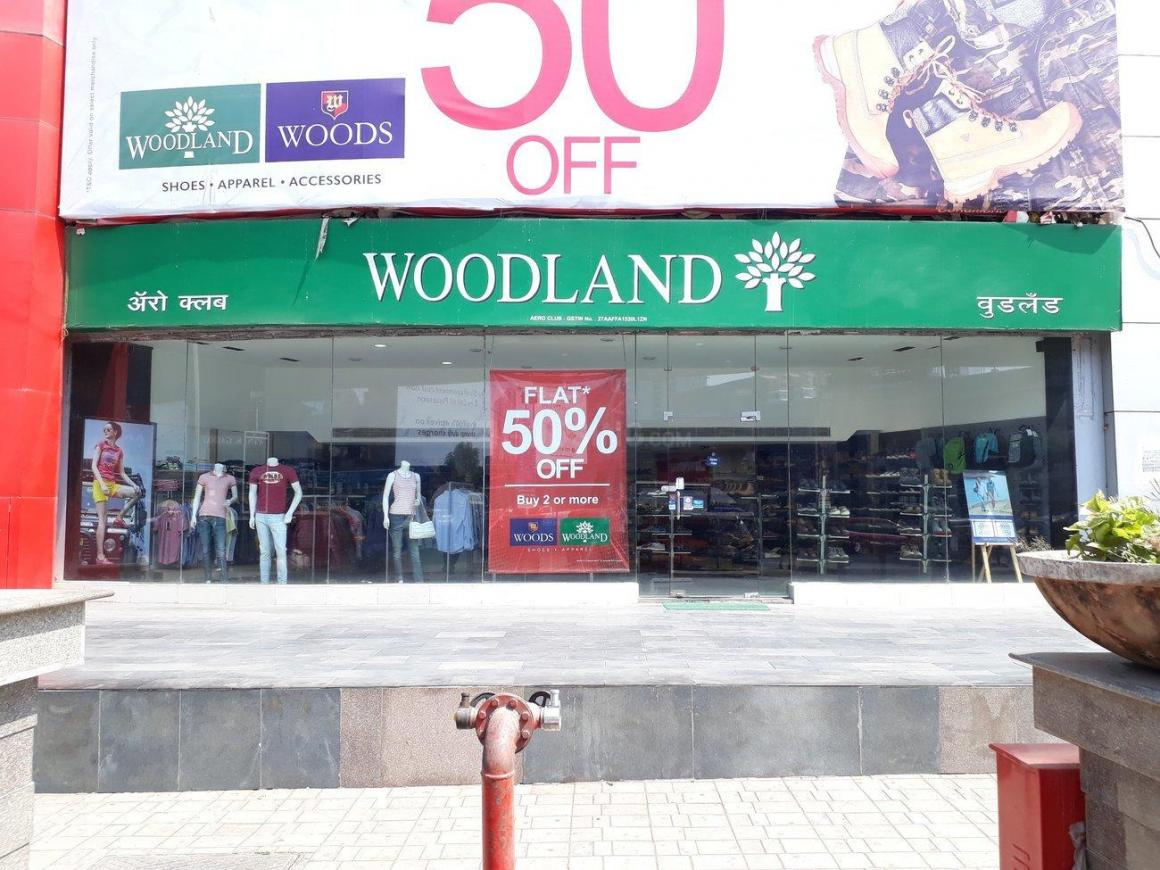 Shops Image of 600 Sq.ft 1 BHK Independent House for buy in Thane West for 7200000