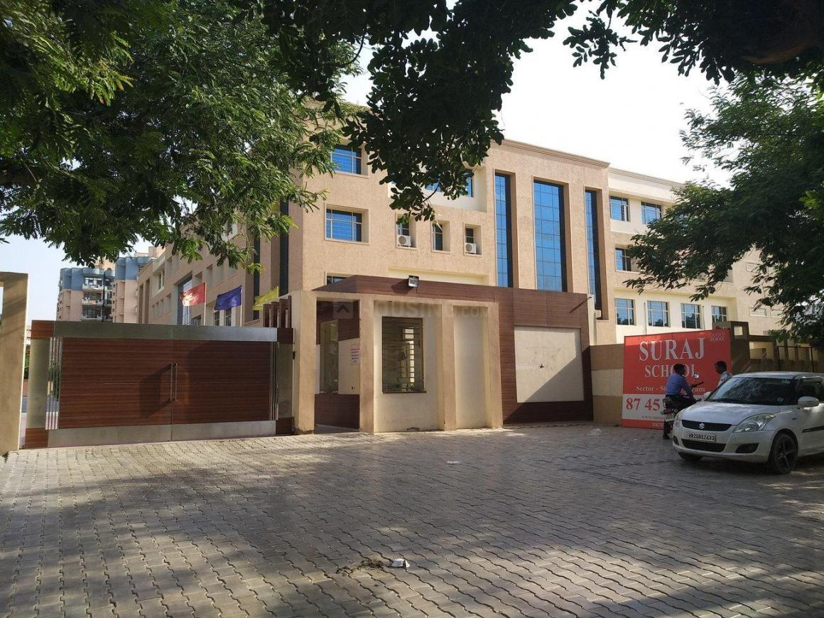 Schools &Universities Image of 2250.0 - 2725.0 Sq.ft 3 BHK Apartment for buy in Aabhas Society