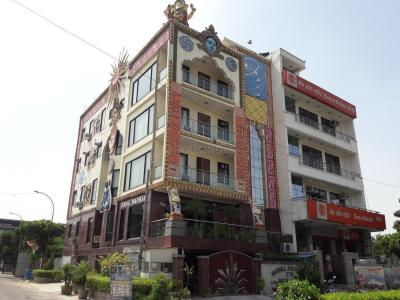 Schools &Universities Image of 550.0 - 1800.0 Sq.ft 2 BHK Apartment for buy in Shubh Homes