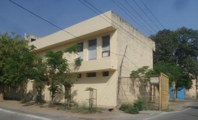 Schools &Universities Image of 0 - 3150 Sq.ft 4 BHK Independent Floor for buy in Satyam Apartment - 25