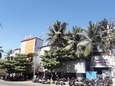 Hospitals & Clinics Image of 0 - 1250 Sq.ft 3 BHK Apartment for buy in CC Swasthick