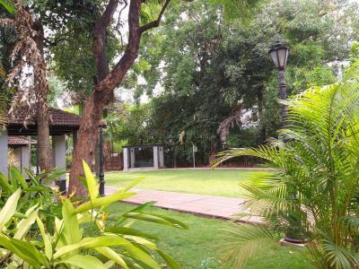 Parks Image of 1130 Sq.ft 2 BHK Apartment for buy in Agarkar Nagar for 18000000