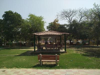 Parks Image of 0 - 1254 Sq.ft 3 BHK Independent Floor for buy in Shri Balaji Arora Floors