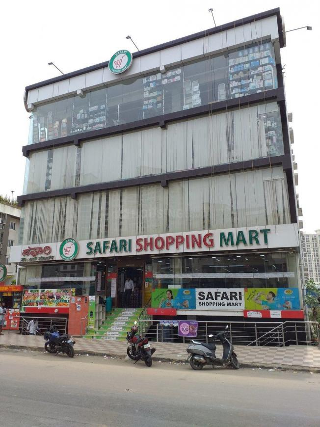 Groceries/Supermarkets Image of 986.0 - 1813.0 Sq.ft 2 BHK Apartment for buy in DS Saanjh