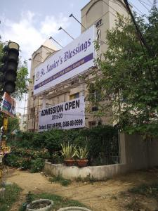 Schools & Universities Image of 270 Sq.ft Residential Plot for buy in DLF Phase 4 for 42500000