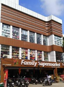 Groceries/Supermarkets Image of 1851 Sq.ft 3 BHK Apartment for buy in Casagrand Olympus, Jeth Nagar for 32500000